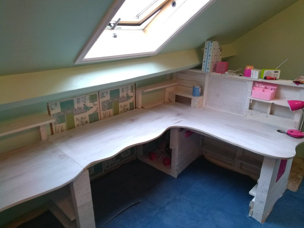 Showing Off the Curved Desktop And Storage In The Handmade Craft Bench