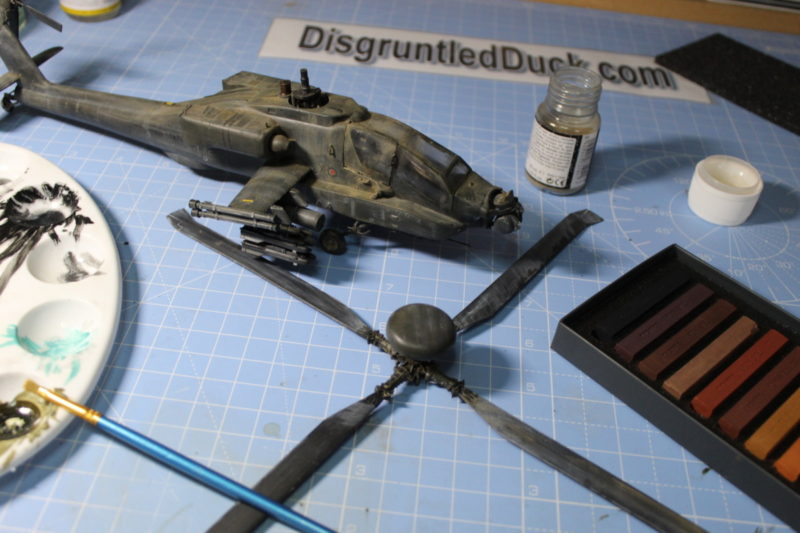 Weathering The apache longbow scale model.