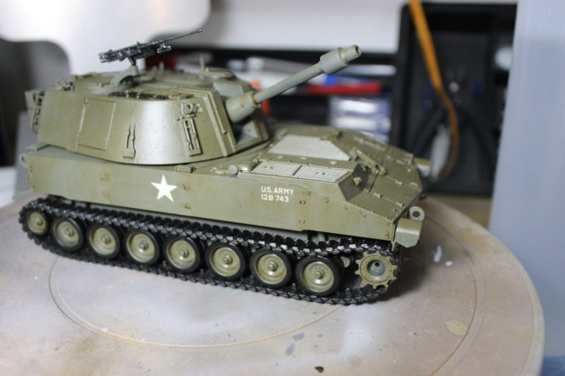 Burnt Umber Oil Pint Wash On A Scale Model Tank