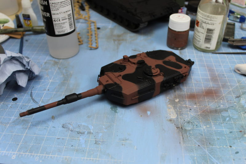 First Part Of The Camo Done On The Leopard 2 Turret