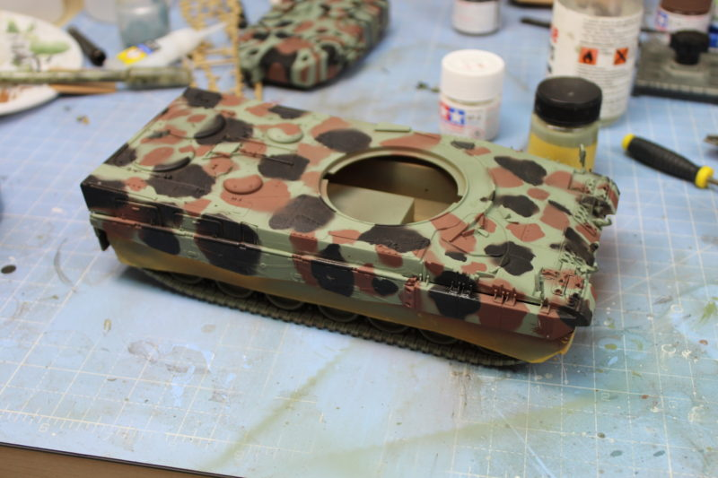 The Camouflage Done On The Leopard 2 Scale Model Tank